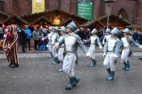 und noch mehr Tänzer
