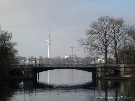 Bridge -Brücke Mundsburger Damm / Papenhuder Straße